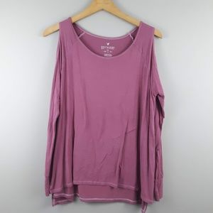 American Eagle Soft & Sexy T Cold Shoulder     A10